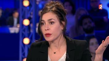 """Olivia Ruiz sur le plateau de """"On n'est pas couché"""", le 18 février 2017"""