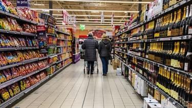 Les rayons d'un supermarché (image d'illustration)