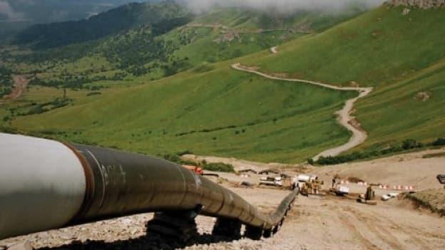 Les projets de gazoduc pour relier le fournisseur russe au client européen pâtissent de la crise ukrainienne, mais pas uniquement.