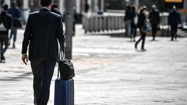 """Selon l'enquête de Cadremploi, un cadre francilien sur deux se dit """"insatisfait"""" de sa situation actuelle en termes de lieu de travail et de résidence"""