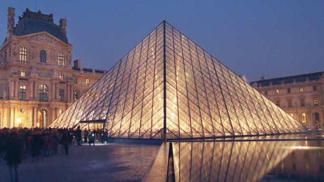 Le musée du Louvre en 2013