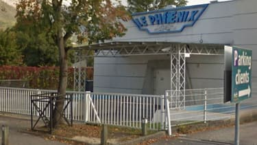 La victime a été tuée devant une discothèque à Meylan en Isère.