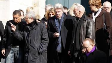 De nombreuses personnalités du cinéma, dont l'acteur Alain Delon, ont assisté en l'église Saint-Roch, à Paris, aux obsèques d'Annie Girardot, figure reconnue et familière du cinéma français, décédée lundi à l'âge de 79 ans. /Photo prise le 4 mars 2011/ RE