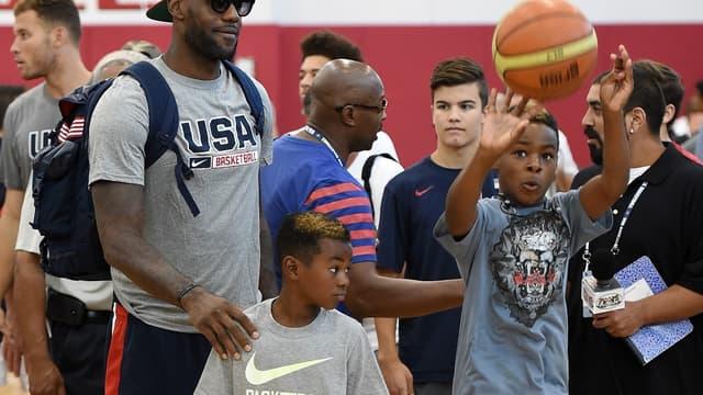 LeBron James avec ses deux fils