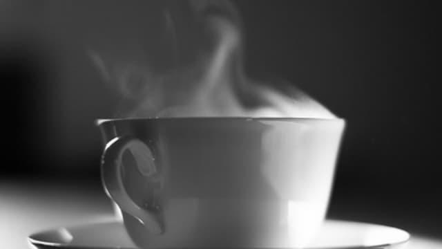 """Selon le Centre international de la recherche sur le cancer (CIRC/IARC), """"la consommation de boissons très chaudes est une cause probable de cancer de l'oesophage"""". (Photo d'illustration)"""