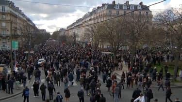 Des milliers de personnes étaient présentes ce mercredi soir dans les rues de Paris, en hommage à Mireille Knoll.