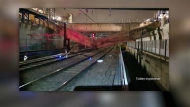 Une poutre s'est effondrée sur les voies cette nuit, provoquant l'interruption d'une grande partie du trafic sur le RER C