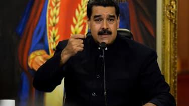 Maduro se dit prêt à cesser de vendre du pétrole aux Etats-Unis.