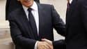 Nicolas Sarkozy et David Cameron ont vanté vendredi la qualité des relations franco-britanniques malgré leurs divergences, lors d'un sommet placé sous le signe de la coopération dans les domaines de la défense et de l'énergie nucléaire. /Photo prise le 17