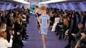 Chanel a présenté sa collection printemps-été 2012 dans un jet privé plus vrai que nature, reconstitué dans une galerie du Grand Palais. L'oeuvre de Karl Lagerfeld y décline plus de 150 nuances de bleu et marque le retour de la longueur sur la silhouette.