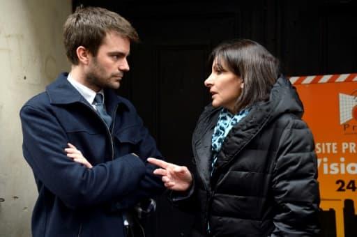 Bruno Julliard et Anne Hidalgo en visite dans Paris en avril 2013.