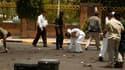 Un attentat suicide a fait au moins 90 morts et plus de 200 blessés lundi à Sanaa, capitale du Yémen, lors de la répétition d'un défilé militaire. /Photo prise le 21 mai 2012/REUTERS/Khaled Abdullah