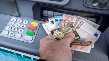 Le nombre de distributeurs de billets en forte baise depuis plusieurs années.