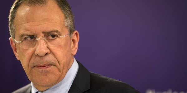 Le chef de la diplomatie russe, Sergueï Lavrov, le 24 mars, lors d'une conférence de presse à La Haye.