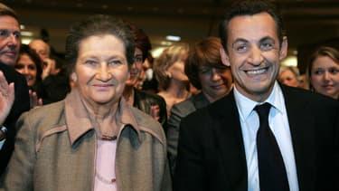 Simone Veil et Nicolas Sarkozy en avril 2007