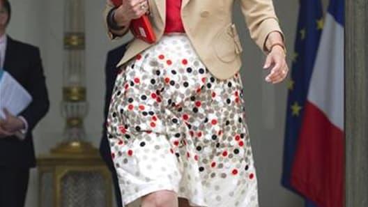 Marisol Touraine, la ministre des Affaires sociales, se montre prudente sur les modalités de la réforme pour le retour à la retraite à 60 ans pour certains, dont le coût est estimé à cinq milliards d'euros dans le programme de François Hollande. Le gouver