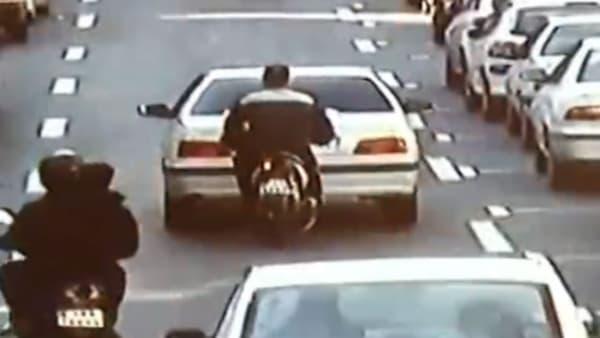Pour un budget un peu plus conséquent, c'est un scooter qui peut vous coller l'arrière.