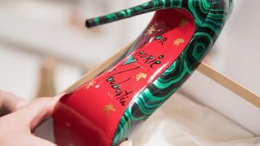 L'avocat général de la Cour de Justice de l'Union européenne a émis un avis selon lequel la semelle rouge des chaussures Louboutin ne pouvait être considérée comme une marque déposée protégée.
