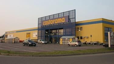 Plusieurs salariés de Castorama conteste la démarche du syndicat FO contre l'ouverture dominicale des magasins pairisiens