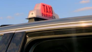Plusieurs associations de taxis appellent leurs adhérents à bloquer les accès de Paris lundi 15 décembre, dès 5 heures du matin. (Photo d'illustration)