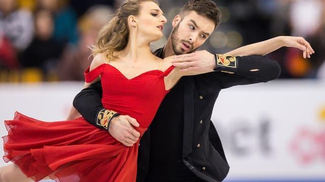 Les Français Gabriella Papadakis et Guillaume Cizeron champions d'Europe