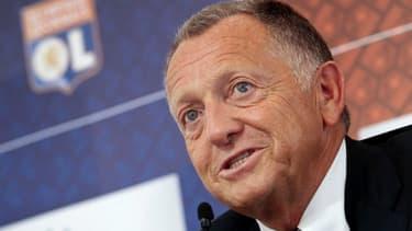 Jean-Michel Aulas, le président de l'Olympique lyonnais, a répondu aux questions de bfmbusiness.com.