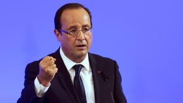 """François Hollande propose également une Europe qui """"avance à plusieurs vitesses"""""""