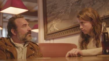 Jean Dujardin et Adèle Haenel dans Le Daim