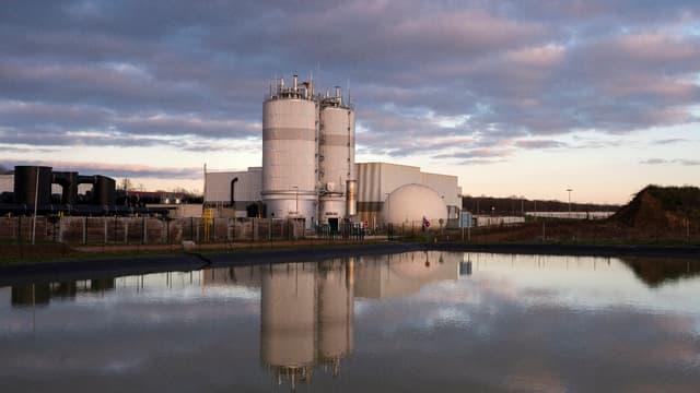 """A partir des déchets de 360.000 habitants, l'usine fabrique """"un gaz de ville à 99%"""" qui sera injecté dans le réseau de transport urbain."""