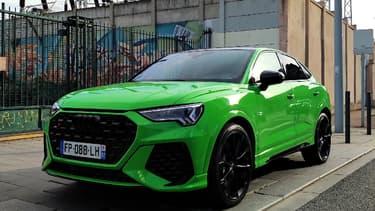 Audi étoffe sa gamme de SUV avec l'arrivée du RS Q3 Sportback, un SUV coupé et sportif pendant du Q3.