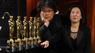 Le réalisateur Bong Joon-ho et sa productrice Kwak Sin-ae, les grands vainqueurs des Oscars 2020.