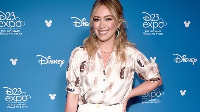 Hilary Duff lors la convention D23 de Disney, le 23 août 2019 en Californie