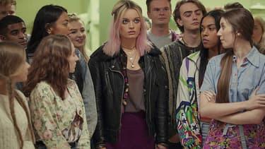 """L'actrice Emma Mackey dans """"Sex Education"""", sur Netflix."""