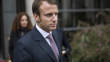 """Pour Emmanuel Macron """"l'entreprise c'est un collectif humain qui se bat ensemble"""""""