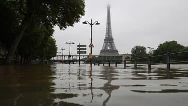 La Seine en crue à Paris