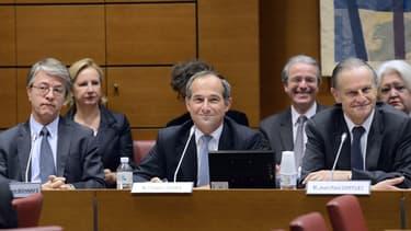 Respectivement de gauche à droite Jean-Laurent Bonnafé (BNP Paribas), Frédéric Oudéa (Société Générale) et Jean-Paul Chiffler (Crédit Agricole) en 2013, lors d'une audition parlementaire sur la réforme bancaire.